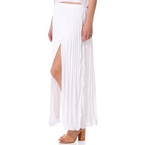 Club Monaco white pleated Adela skirt